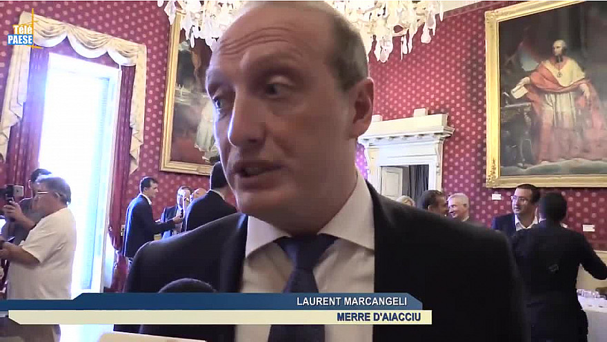Télé Paese Corsica: Ajaccio et Pietrosella signent le contrat de Cahors @TelePaese @j_gourault @Prefet2A